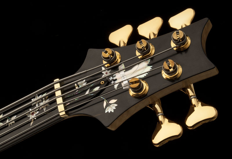 Guitar of the Month July 2016 - Grainger 5 String Bass